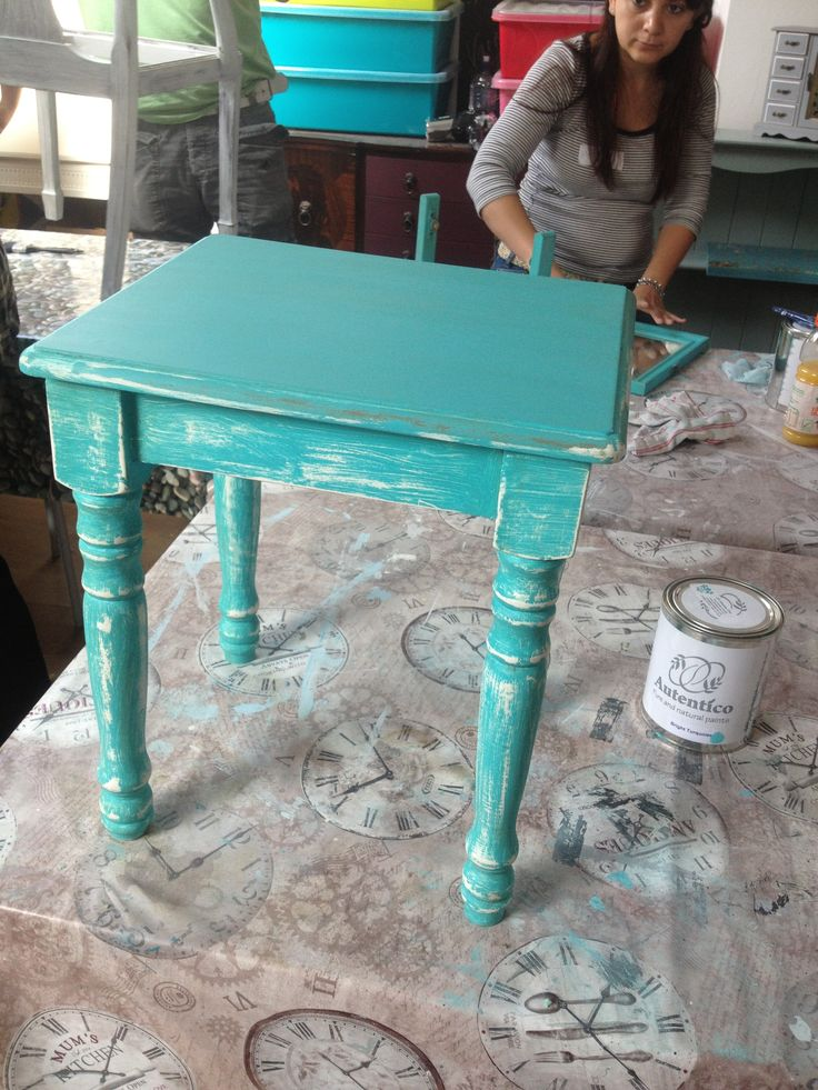 #autentico #brightturquoise #myfav #sobright #shabbychic #autentico #diy #shabbychic # painted furniture jpin our course or a party booking today! Workshop 1 £69 transform old furiture today :)