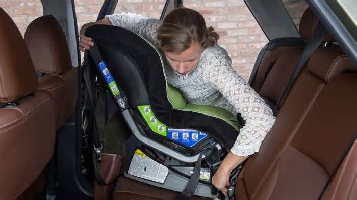 2018 Subaru Outback: Car Seat Check CARS.COM — The Outback is Subaru's most popular vehicle, so it makes sense that many families gravitate to the tall five-passenger wagon. For 2018, the Outback gets an update, with a few key new details that make it more likable, like more upscale ...