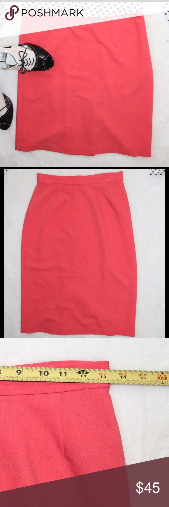 RAOUL  coral pencil skirt sz 4 RAOUL coral pencil skirt  sz 4   79% polyester 17% rayon 4% spandex  waist 26 inches , length 24.5 inches  Excellent Condition raoul Skirts Pencil