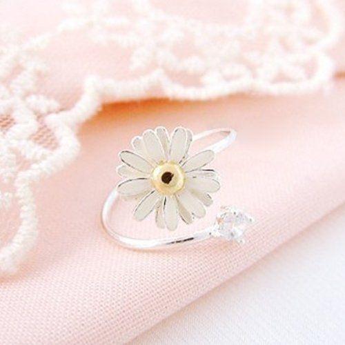 New Fashion Daisy Flower Style Jewelry Ring Silver Color Ladies Rings elegantstunning,http://www.amazon.com/dp/B00GKDBNS4/ref=cm_sw_r_pi_dp_.gRWsb0VWYQHTBES
