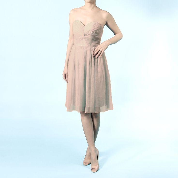 インフィニティショートドレス・ボビネット(モカ)ボビネットならではのエアリーなボリューム感が魅力。 #Bridesmaid #Wedding #Dress #Mocha