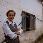 «Ορκισμένη παρθένα» για το Φεστιβάλ Αθηνών η Παρθενόπη Μπουζούρη σε σκηνοθεσία  Ένκε Φεζολλάρι