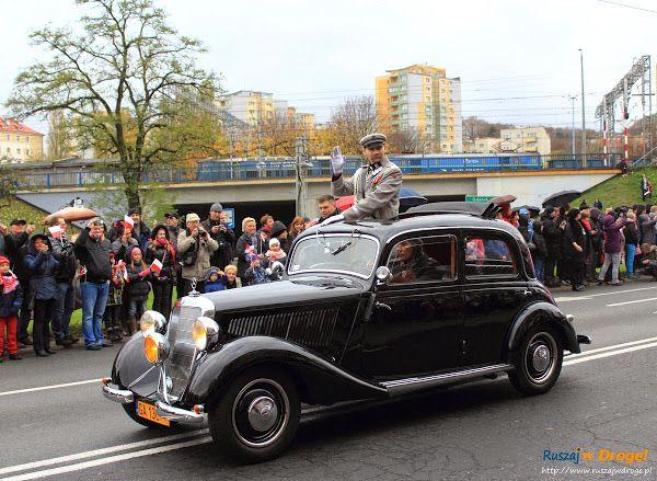 #Piłsudski w zabytkowym aucie, #Parada Niepodległości w #Gdynia, #Poland