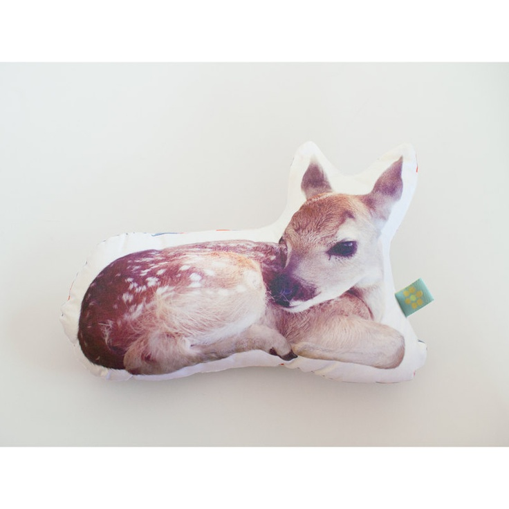 Deer pillow photo cushion (Small)
