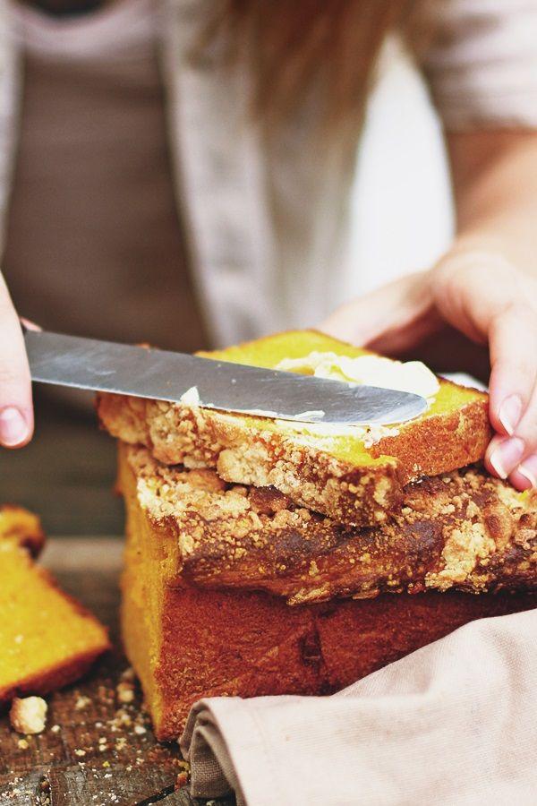 Drożdżowe ciasto dyniowe z kruszonką
