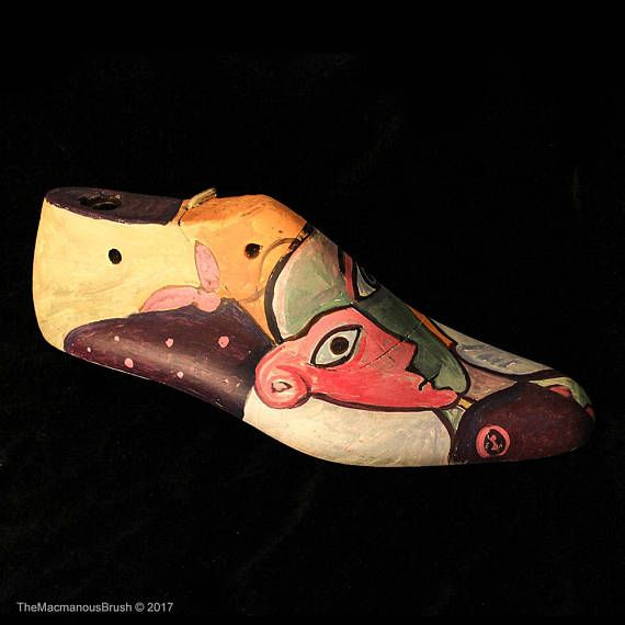 Handpainted Wooden Shoe Handpainted Shoe Mold Decorative  #shoestretcher #eggtempera #bookstopper #shoemold #picassoinspired #shoelast #handpaintedshoes #woodenshoes #bookends #vintagewoodenshoes #shopwindow #doorstop #rusticdecor