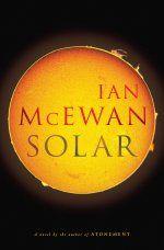 McEwan er en av mine favoritter, denne er med lun humor i tillegg til fantastisk språk og flyt.