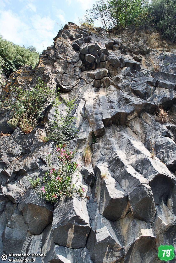 #Gole #Alcantara #FiumeAlcantara #River #GoleAlcantara #Sicilia #Sicily #Italia #Italy #Place #Natura #Nature #Wild #AlwaysOnTheRoad