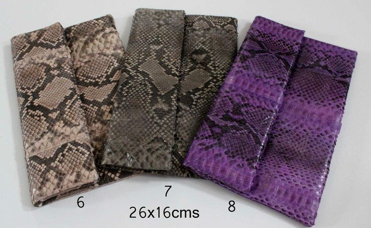 Folded Python clutch ... Man made. Real Python leather ... Affordable price ... Check other item at balinesian eth I purses Facebook or comment below... Thankyou