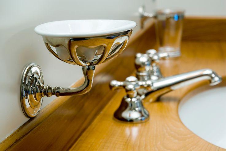 #faucet