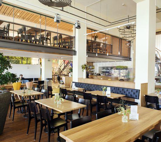 Spirit Rotterdam - BREAKFAST LUNCH DINNER | SPIRIT | GOOD FOOD TASTES BETTER Uitgebreid buffet. Veel vegan opties. Je betaalt voor wat je eet.