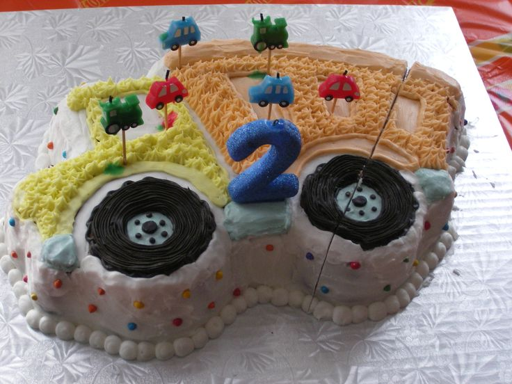 gâteau camion-benne Olivier 2 ans