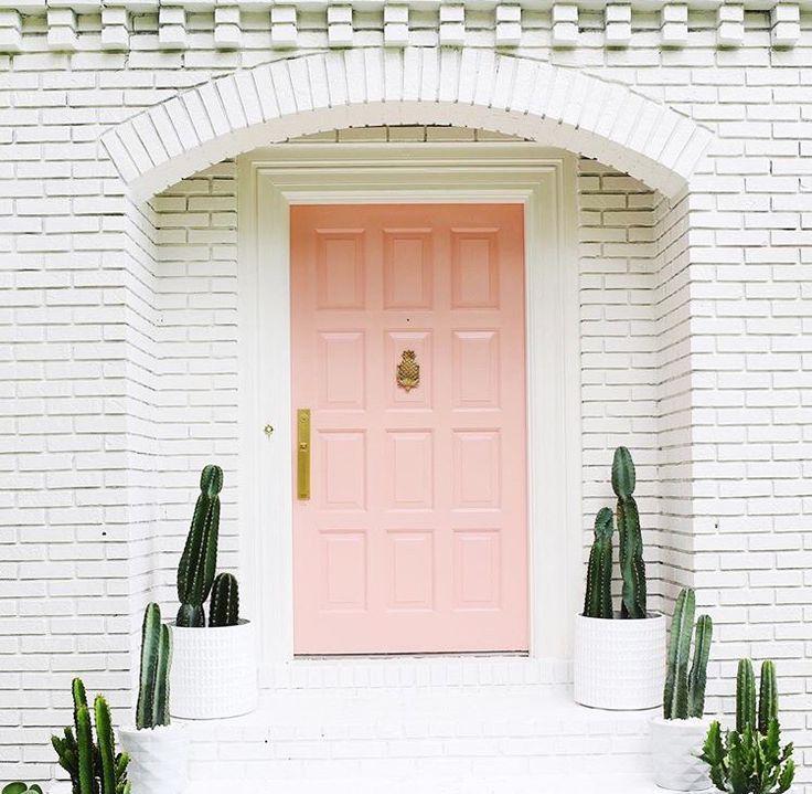 Beautiful Pastel Pink Door With White Brick Exterior And Cactus Plants House Exterior Pink Houses Pink Door