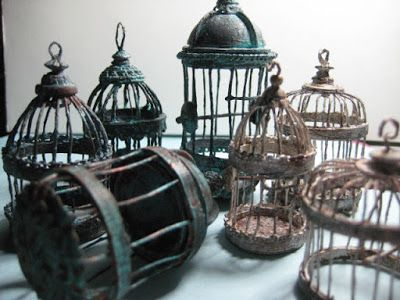 Easy birdcage tutorial   http://studioeminiatures.blogspot.com/2016/02/le-cage-oh-faux.html
