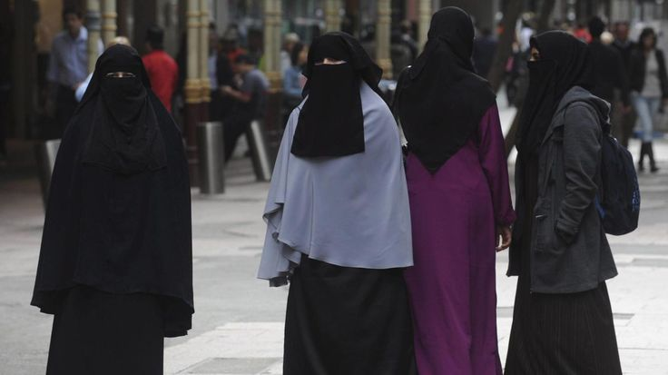 Teherán ya no exigirá a las mujeres vestimenta islámica