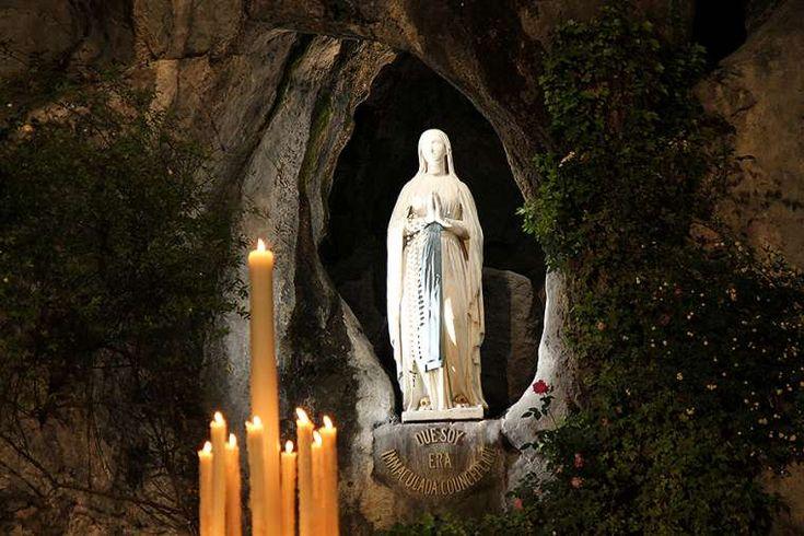 Our Lady of Lourdes grotto, Lourdes, France. Credit: Elise Harris/CNA