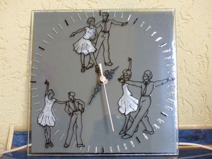 glass painting - Dancing,clock = Üvegfestés - Tánc, óra