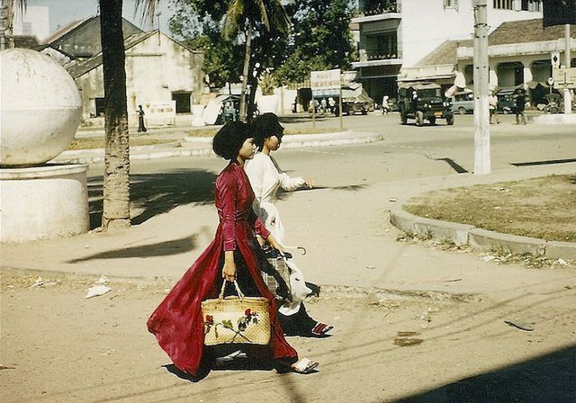 Style Queens of 1960s Saigon   Messy Nessy Chic   Bloglovin'