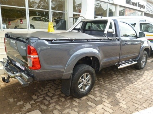 You Have to Try this Trendy Model, 2013 #Toyota #Hilux (Facelift II) 3.0 D-4D Raider 4X4 Single Cab. This Bakkie comes in a Dazzling colour of Grey, with a Superb 3.0 Diesel Engine. It has a Super Low Mileage of Just 16 000Kms and is available in a Manual Transmission. Priced at Low R335 990. Extra's: ABS / Alarm / MP3 Player Radio/CD/USB +More. Give Keith Rabilal a Call Now on 082 323 1303 / 031 737 1500 or Email keithr@smg.co.za. Like Us https://www.facebook.com/KeithRabilalForUsedCars