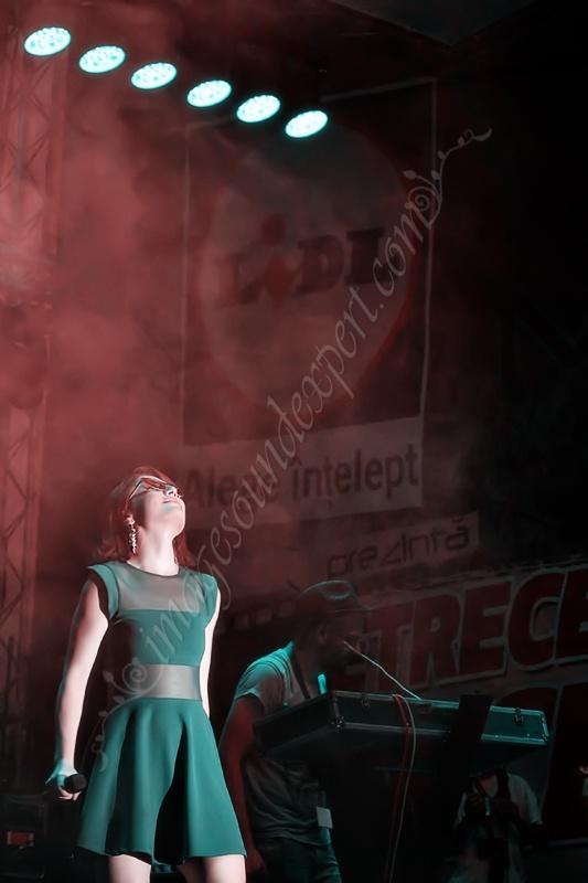 Concert Alexandra Ungureanu si Crush  www.imagesoundexpert.com