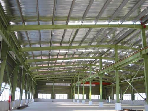 #Prefab_warehouses - Roof and wall are colour compressing corrugated steel or colour steel #sandwich panel.