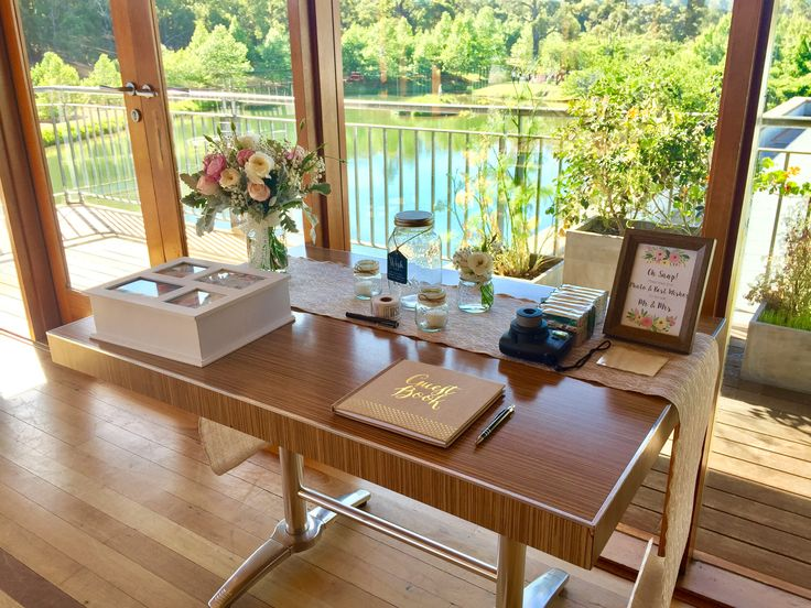 Millbrook Winery Gift Table | Flowers - Pick Me Flowers