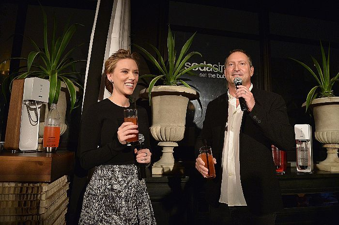 Scarlett Johansson and SodaStream CEO Daniel Birnbaum