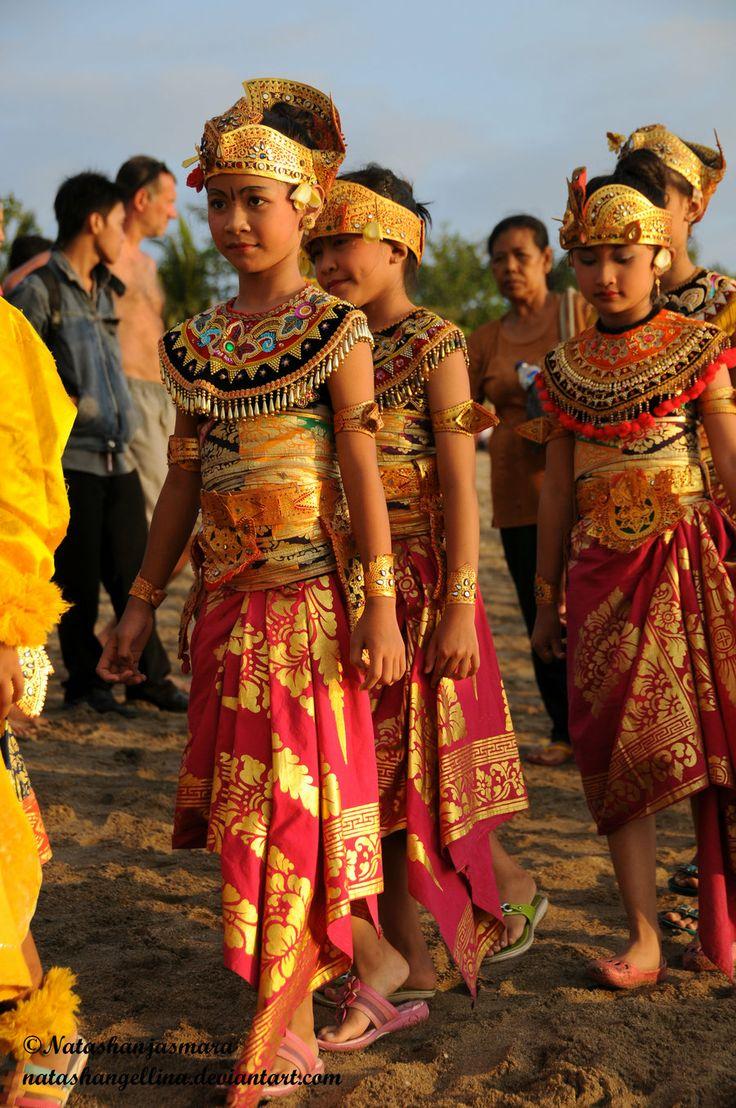 Culture : Bali , KutFest 09 by NatashAngellina on deviantART