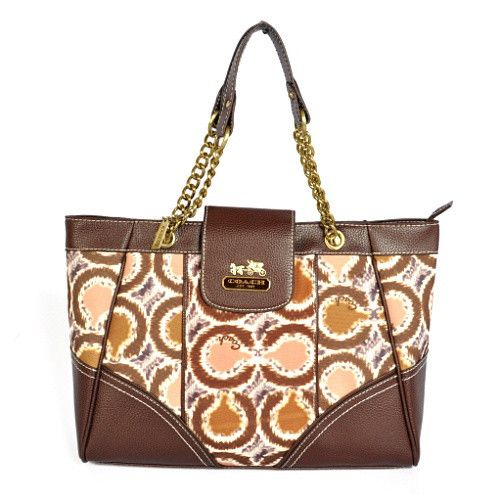Get Special Design #Coach #Handbags Present You Noble Style & Luxurious Design
