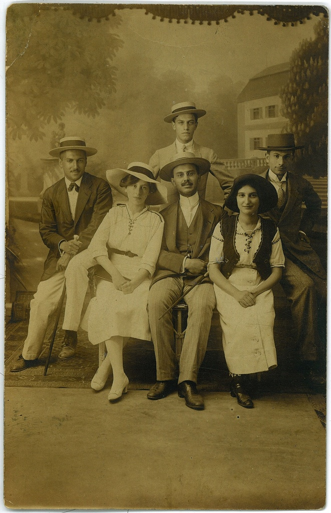 On holiday. 1900