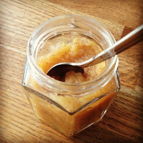 Sockerfritt äppelmos med kanel