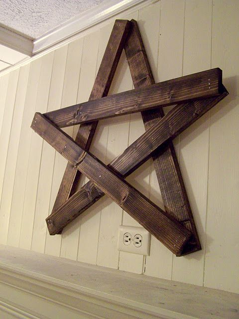 "My hubs would like to do an ""Americana"" theme in our casual living room... I think this would be a fabulous compromise, because I LOVE that star!  Looks easy to make, too!"