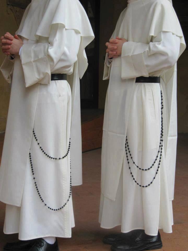 Vitae Fratrum Sacramentals Nuns Habits Holy Rosary Catholic