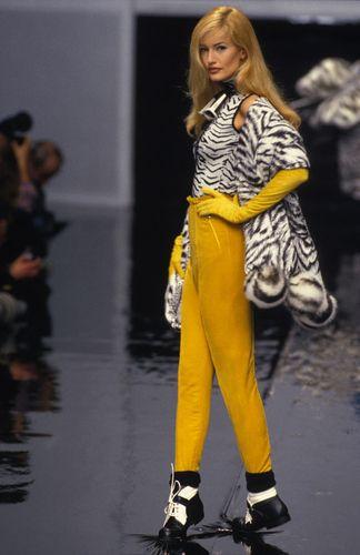 Dior fall 1995 Karen Mulder