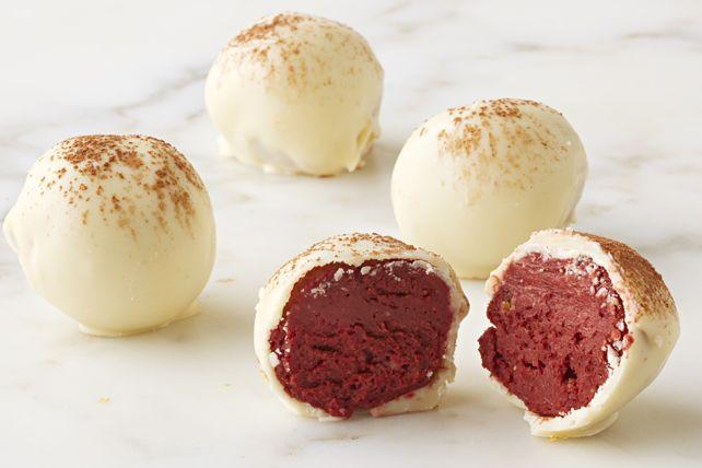 Personne ne croira que ces douceurs chocolatées au goût riche sont faites maison! Oubliez la chocolaterie et préparez plutôt ces truffes pour les offrir en cadeau.