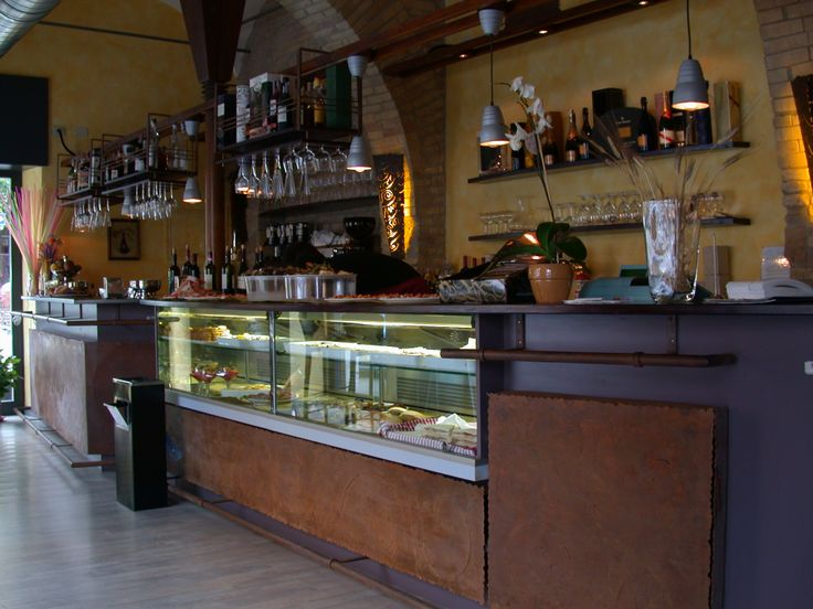 Enoteca Ferrazza in Rome designed by Intersystem group