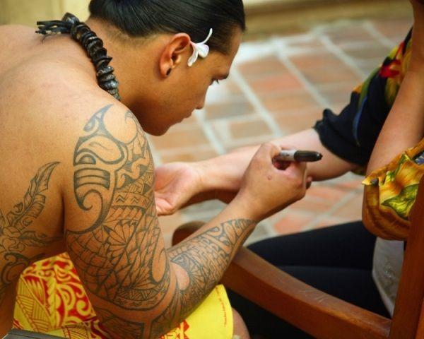 Hawaiian N Polynesian Tattoo Ideas On Sleeve - http://tattoosaddict.com/hawaiian-n-polynesian-tattoo-ideas-on-sleeve.html #Hawaiian, #HawaiianTattoo, #HawaiianTattoos, #Ideas, #N, #O, #On, #Plyesia, #Polyesia, #Polynesian, #Sleeve, #Tatt, #Tattoo