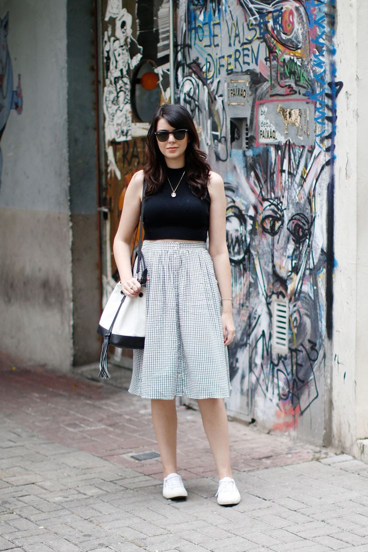 Look do dia: Midi e tênis branco | Just Lia
