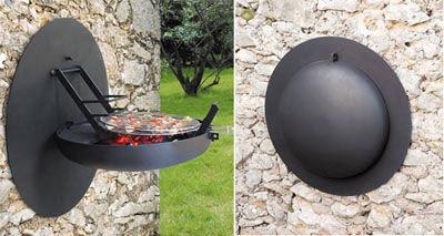 Un barbecue mural - pratique à ranger!