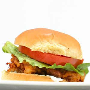 If you think you need to venture to the closest fast-food joint to snag a chicken sandwich that's delicious, crispyand fried to perfection, think again! Homemade pickles and an irresistible garlicky mayo top this heavenly chicken sammy whichoutshinesany fast-food entrée.