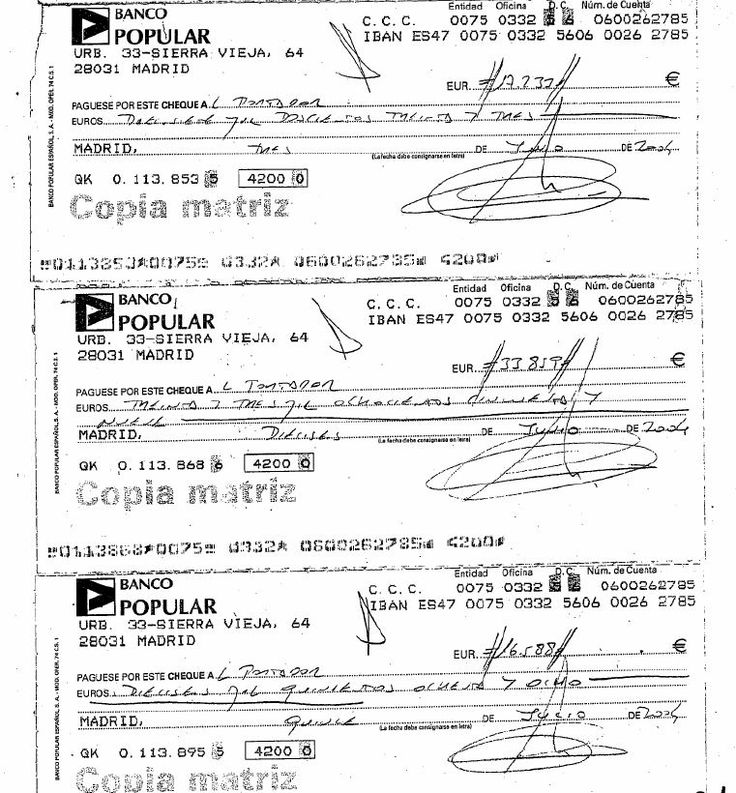 Cheques, al portador, con los que la empresa pagaría a cambio de asegurarse el mailing de la campaña de 2004 del PP, con Mariano Rajoy de cabeza de lista