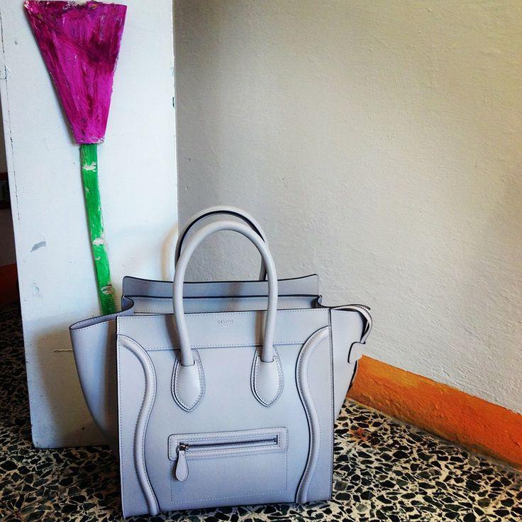 Céline Boston Bag. Un'icona di stile. La puoi trovare su www.martyshop.it