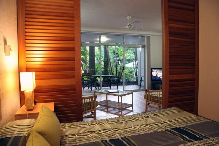 Port Douglas Palm Villas from $85 p/n Enquire http://www.fnqapartments.com/accommodation-port-douglas/under-100/ #portdouglasaccommodation