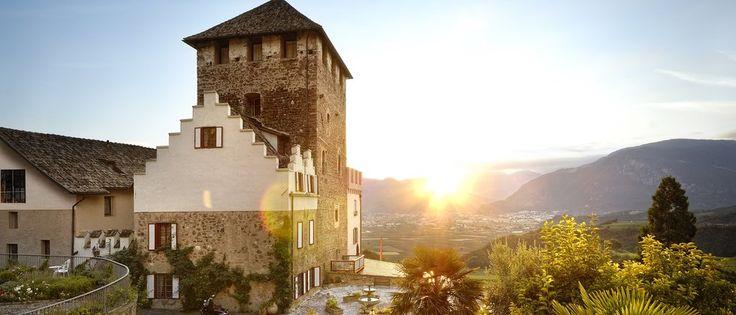 Schloss Hotel Korb, Eppan - Escapio | Einzigartige Hotels