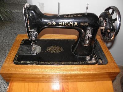 Maquina de coser Sigma restaurada