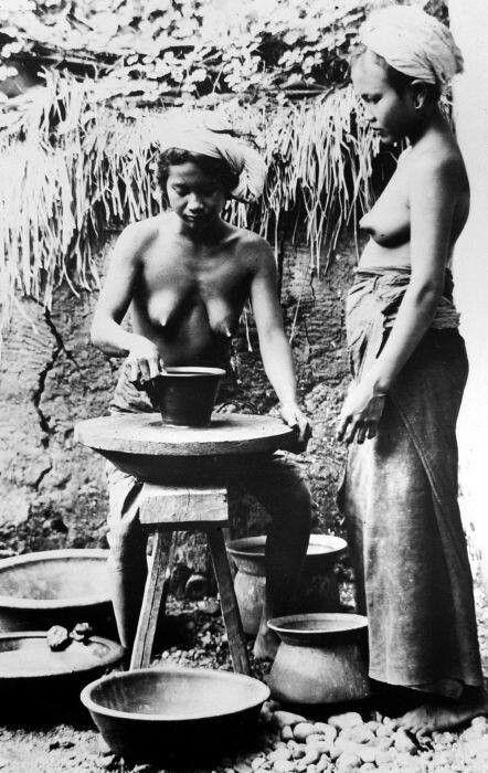 Pengrajin Gerabah Bali 1930-1940
