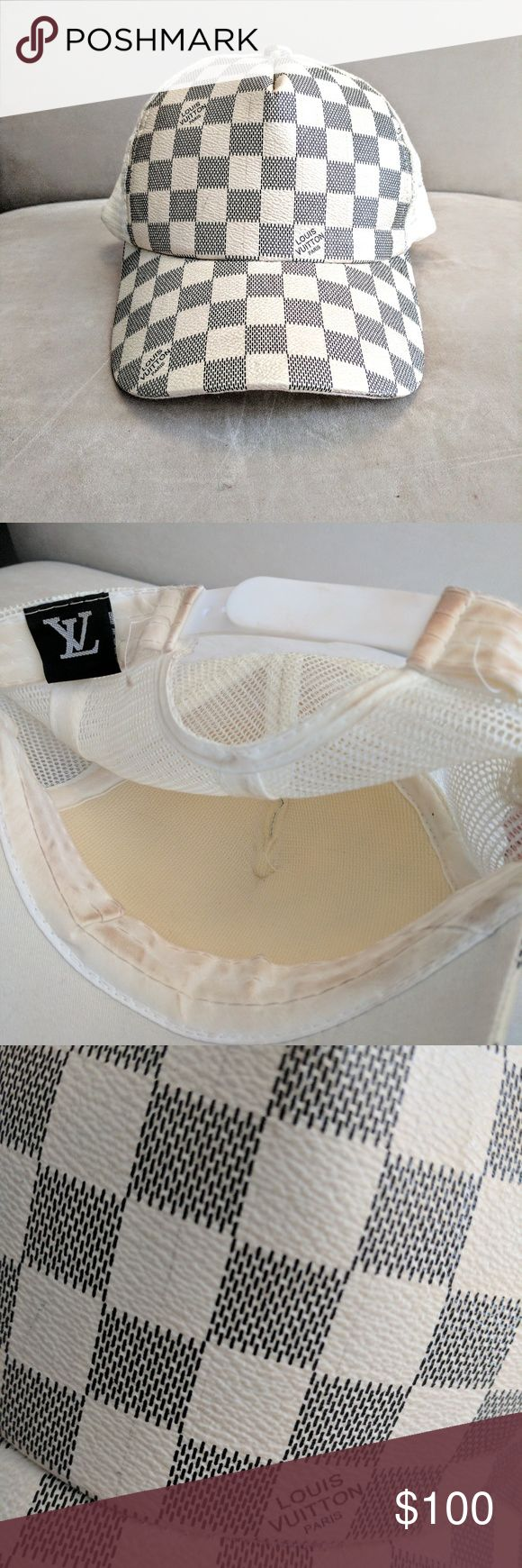 Louis Vuitton snapback Bootleg 90's monogram vernis snapback in off white/grey. Hat is in perfect condition with no stains or bends, however there is makeup on the interior band. Please note the photos -it is not noticable when wearing, don't file a claim when it is clearly stated. I did not attempt to handwash, its an easy fix. Because of the nature of the hat being white, it was almost unavoidable, and doesn't make the hat any less amazing - got a ton of compliments! Unisex one size…