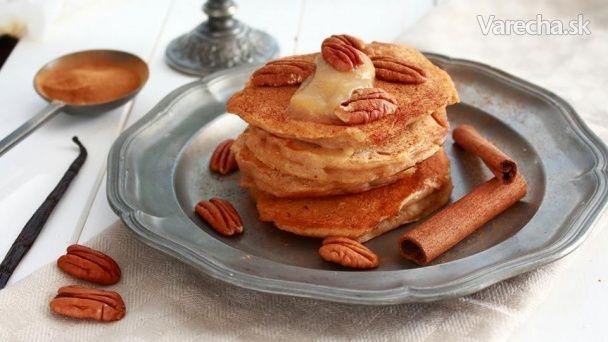 Mäkké voňavé lievance s jabĺčkami a škoricou, pri príprave som použila 150 ml hrnček.   http://www.patincatsomekitchen.com/jablkove-lievance