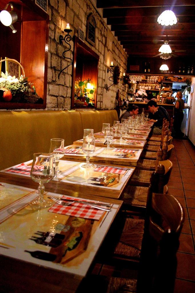 """""""La Potager du Marais"""" - een klein, rustiek en vegetarisch restaurant in het romantische Parijs."""