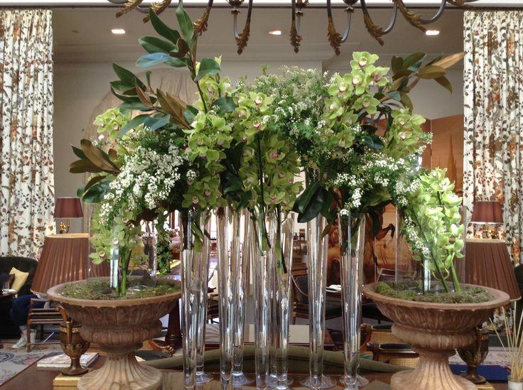Green palette flower installation